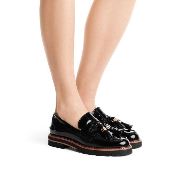Stuart Weitzman Loafer | Shoe story