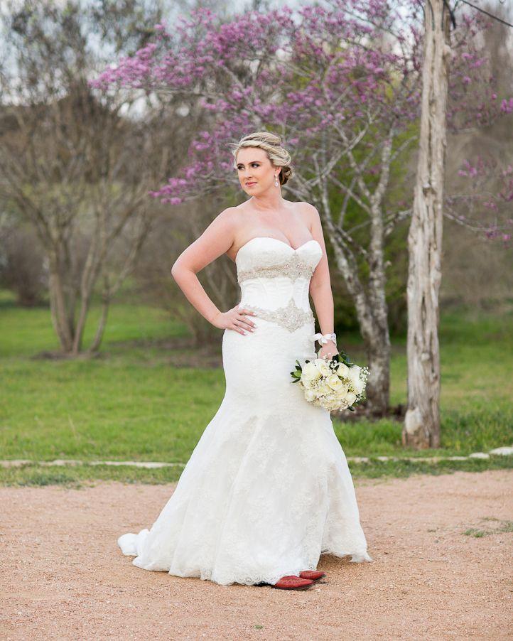 Austin Texas Bridal Portrait at Pioneer Farms   Rustic Bride ...
