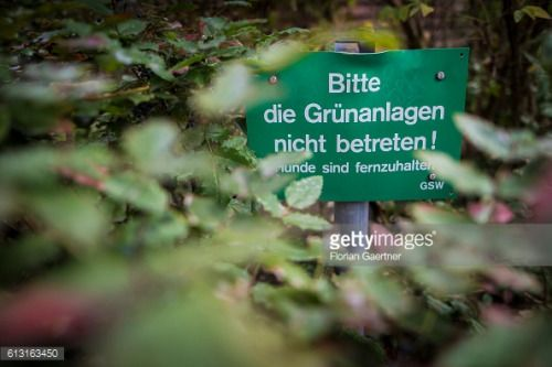 BERLIN, GERMANY - OCTOBER 07: A sign with 'Please do not... #ferreiradozezere: BERLIN, GERMANY - OCTOBER 07: A sign with… #ferreiradozezere