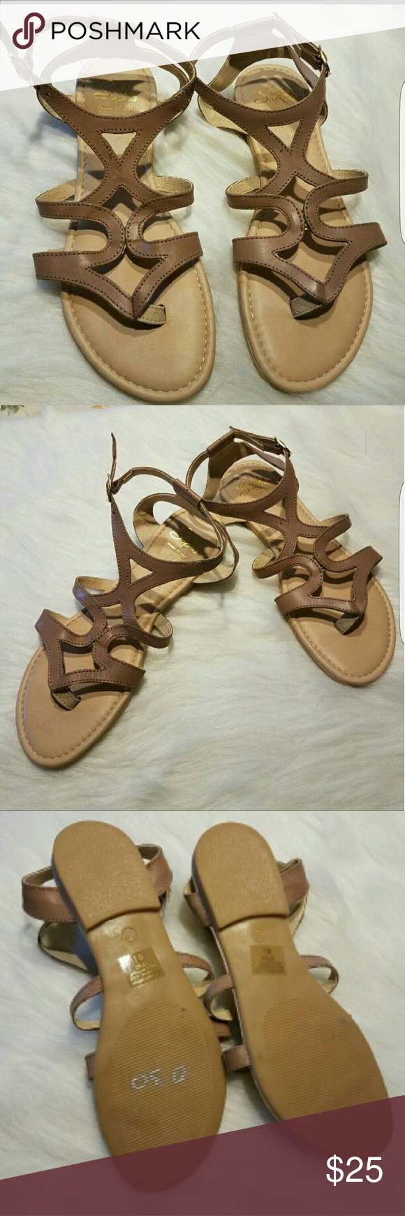 NWOT SOTTO SOPRA LEATHER SANDALS SZ 6.5 NEW SOTTO SOPRA SANDALS SIZE 6.5 BEIGE,TAN COLORS MADE IN ITALY UPPER LEATHER   ITEM SOLD AS IS sotto sopra Shoes Sandals