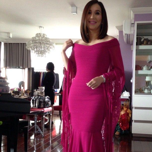 carysantiago | The hourglass body of Kris Aquino im gown for SONA ...