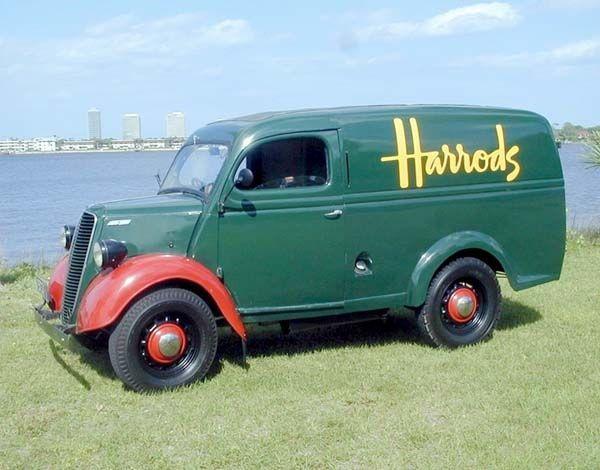 Pin By Jesus On Classic Trucks Van Panel Truck Vintage Vans Classic Trucks