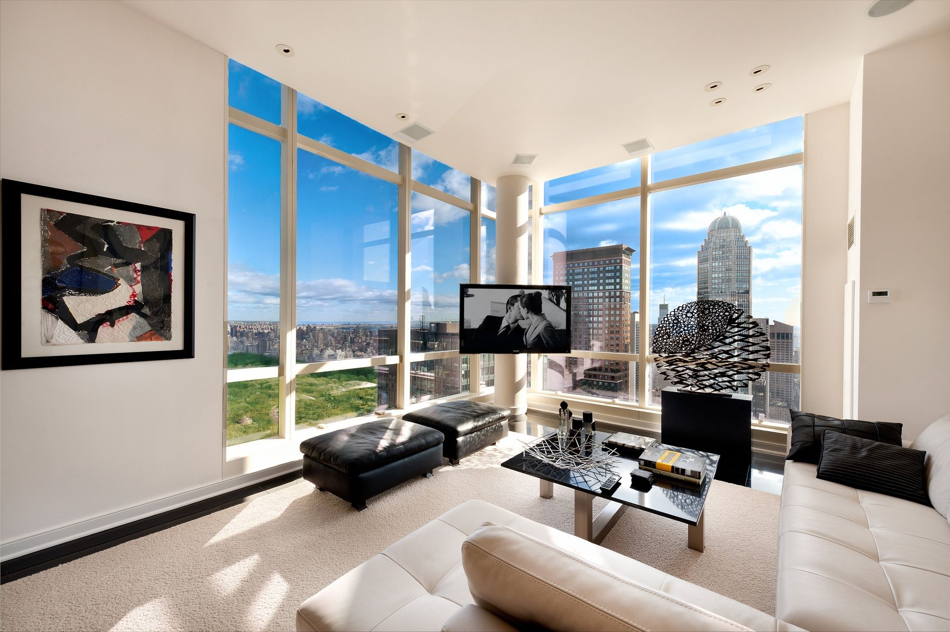 Apartments gorgeous white manhattan penthouse apartement for Luxury penthouses in manhattan
