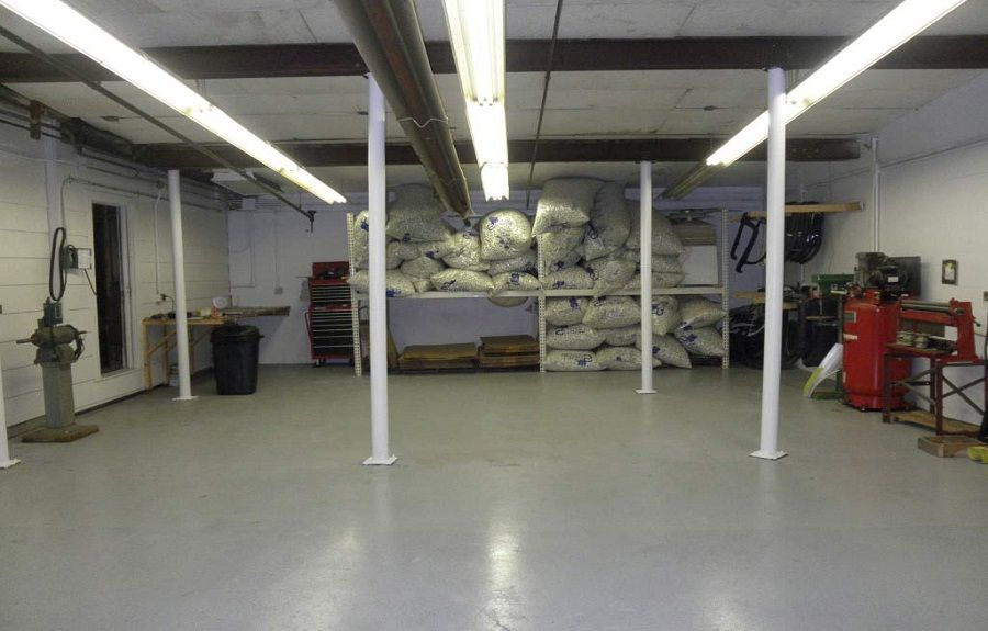 floor a cement concrete garage do things on rug area painting painted