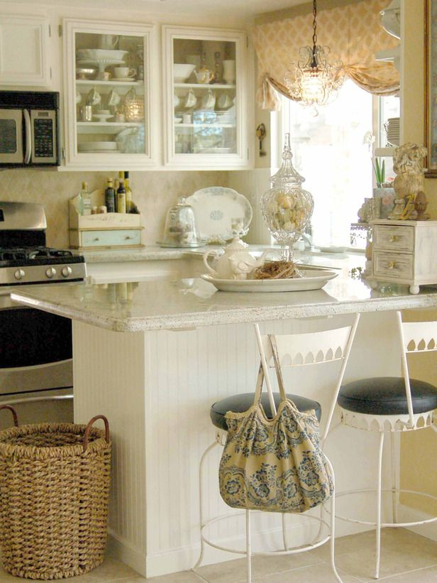 Small Kitchen Design Ideas | Small cottage kitchen, Small cottages ...
