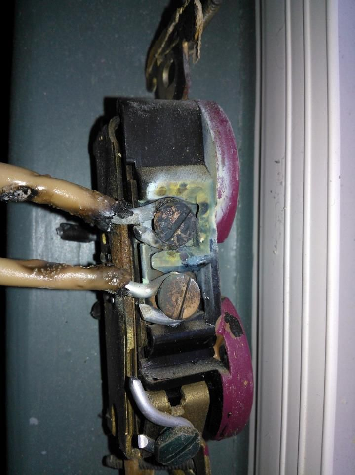 Super Dangers Of Aluminum Wiring An Example Of What Weve Seen This Week Wiring Digital Resources Cettecompassionincorg