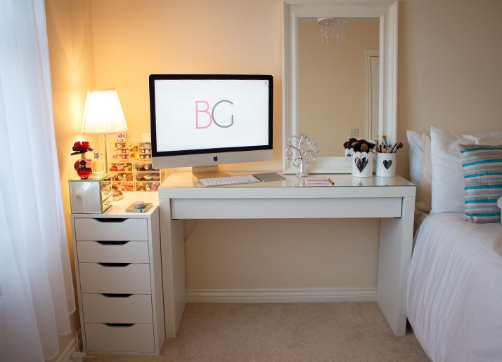 Co kid set up makeup or sm desk next to bed like this for Ikea schreibtisch malm weiay
