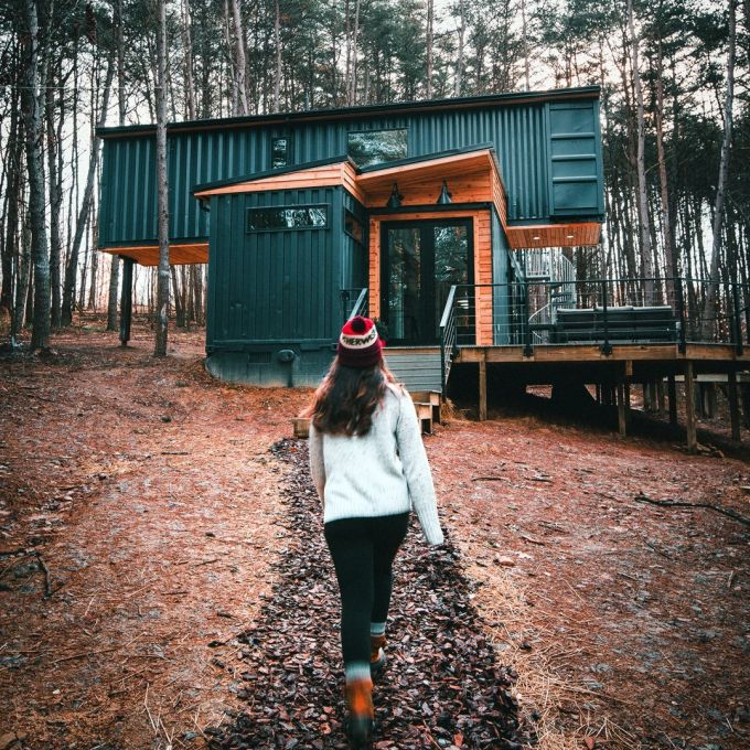 THE BOX HOP CONTAINER CABIN | THE CASA CLUB