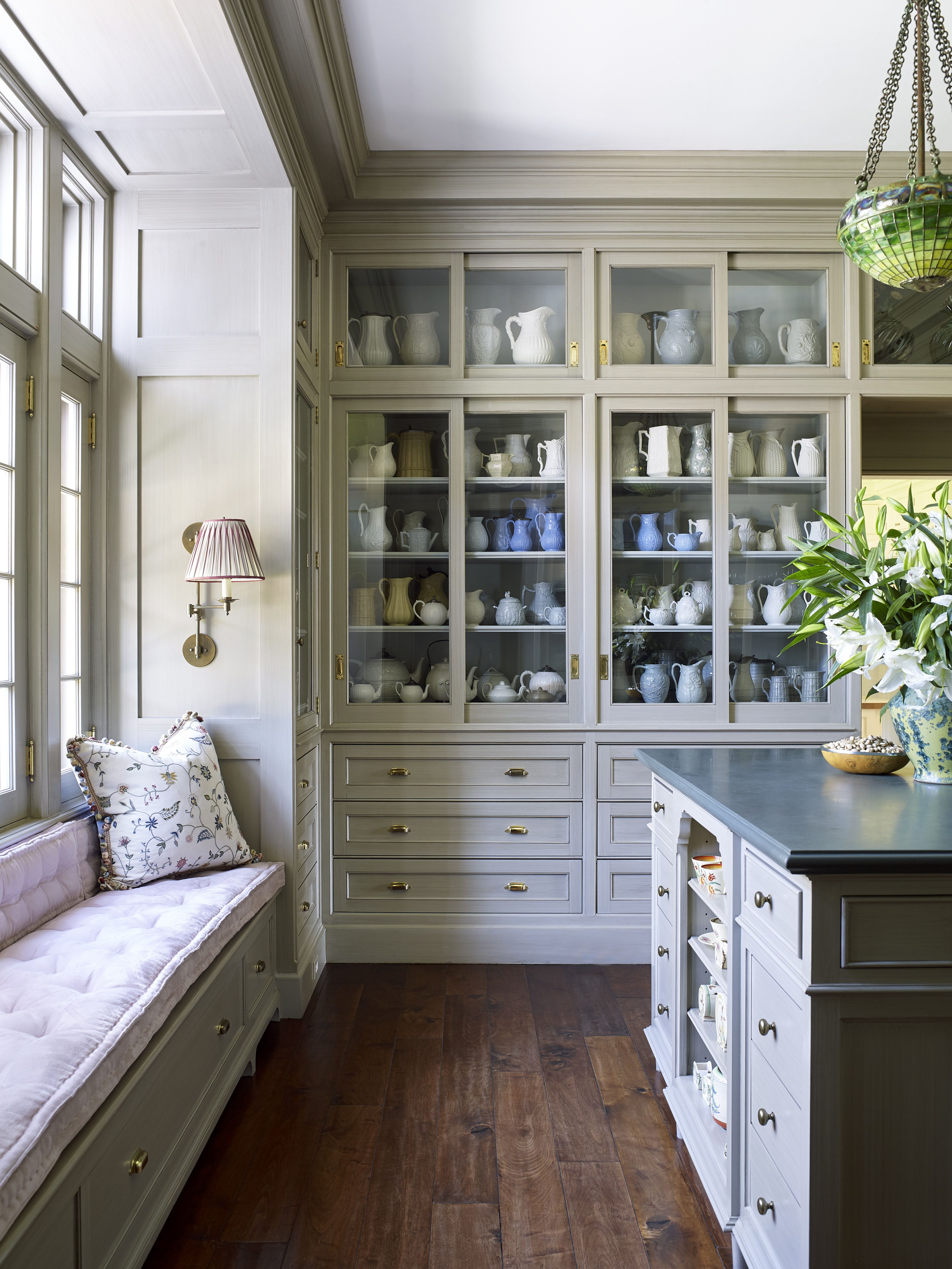 Dish Room And Bar With Glass Fronted Display Cabinets By Ann Wolf Interior Decoration Kitchen Style Farmhouse Style Kitchen Interior