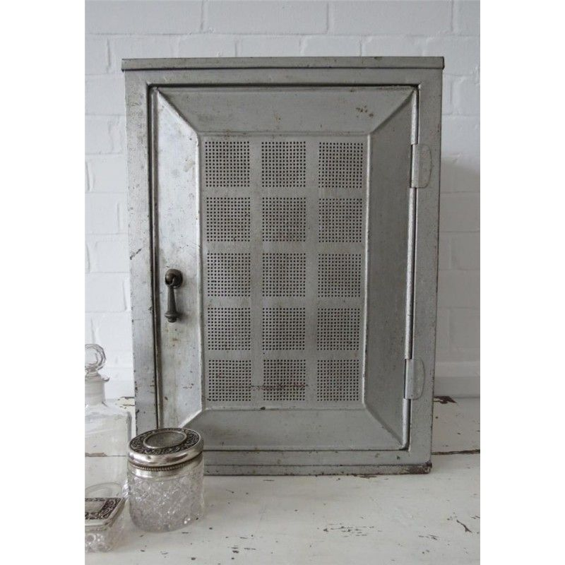 Vintage bathroom wall cupboard cabinet display storage box metal industrial - Pinterest deco vintage ...