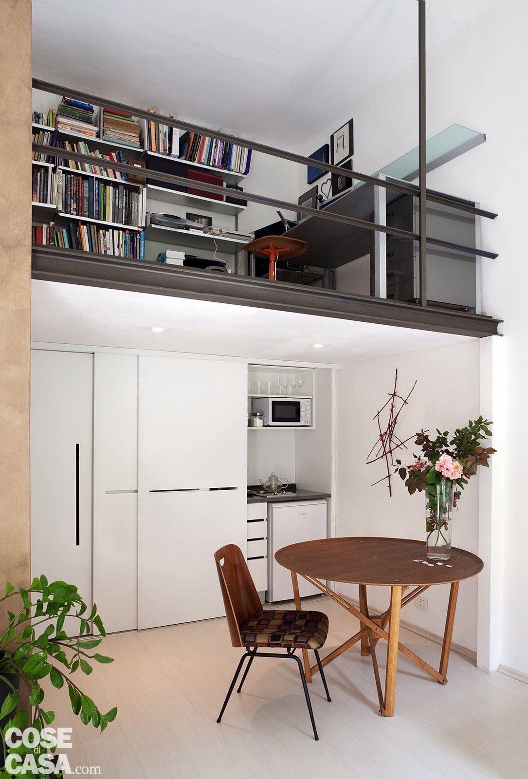 Nel miniappartamento di 30 mq stata costruita una for Piccoli piani di casa espandibili