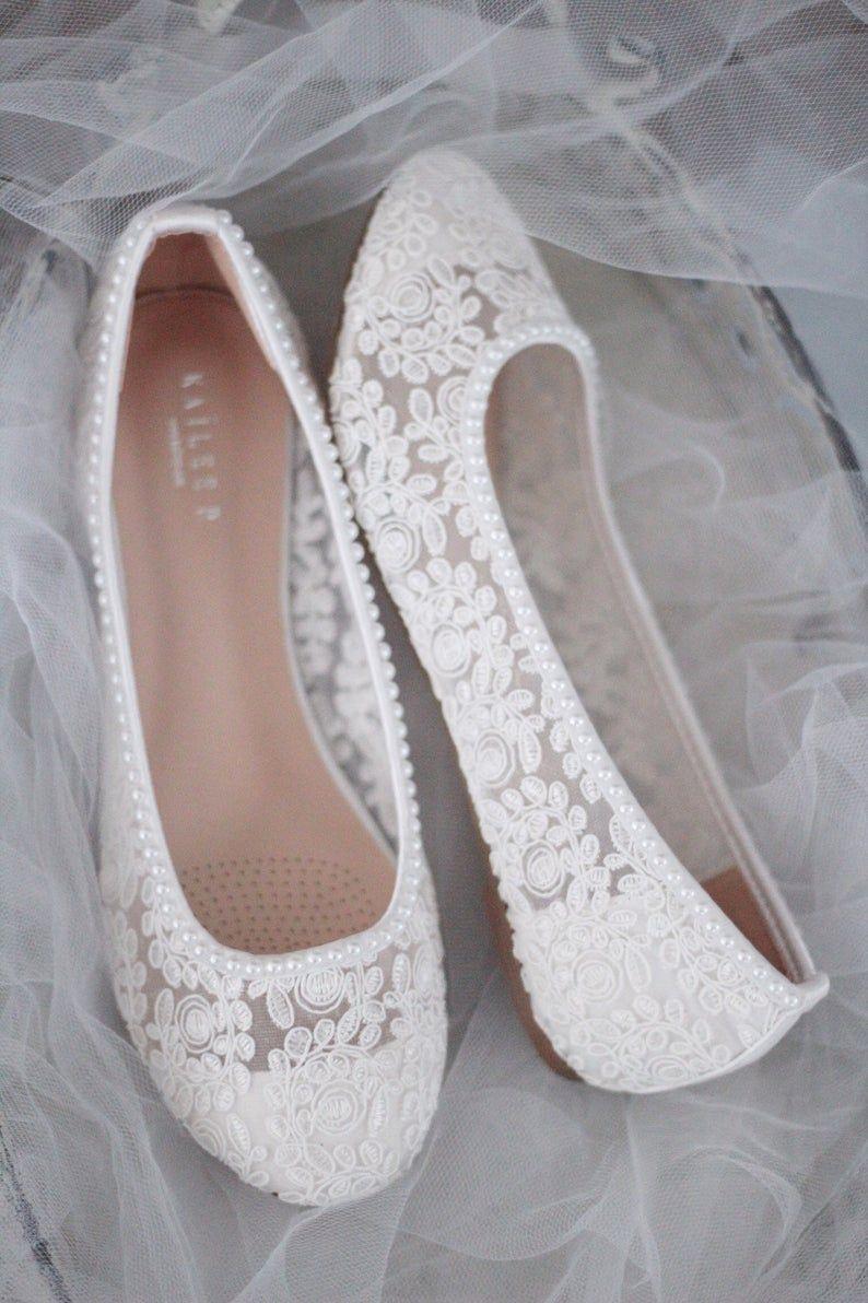 White Lace Round Toe Flats With Mini Pearls Women Wedding Shoes Bridesmaid Shoes Bridal Shoes W 2020 Buty Na Plaskim Obcasie Przerobki Ubran I Suknia Slubna