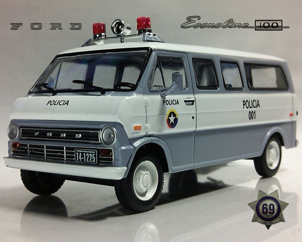 Ford Econoline 1968 Year Colombian Police Minibus 1 43 Scale