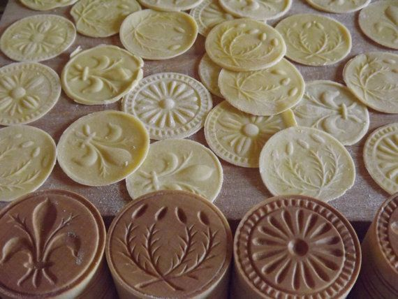 CORZETTI PASTA Stamp--1 SET = 1 Handle + 4 Stamp, handturned, handcarved, in Maple of Chiantishire, only my hands & gouges