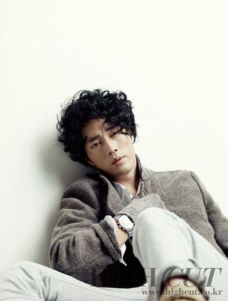 โซจีซอบ (So Ji Sub) อวดเสน่ห์ชายหนุ่มสุดเซ็กซี่ใน HIGH CUT : ข่าวบันเทิงเกาหลี ข่าวดาราเกาหลี ข่าวเกาหลี ข่าวนักร้องเกาหลี ข่าวเพลงเกาหลี ข่าวซีรี่ย์เกาหลี ข่าวหนังเกาหลี ข่าวละครเกาหลี