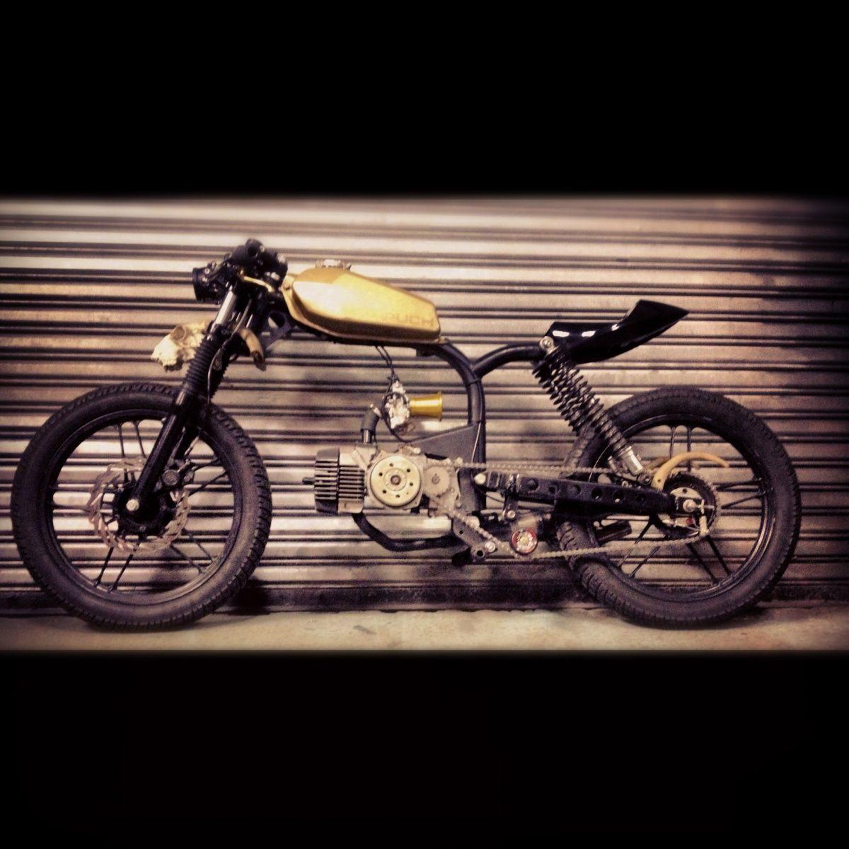 garage mopeds peugeot 103 peugeot motobecane. Black Bedroom Furniture Sets. Home Design Ideas