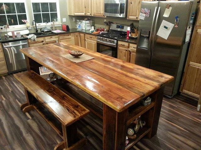 This 4 X 8 Kitchen Island Looks Great In It S New Kitchen