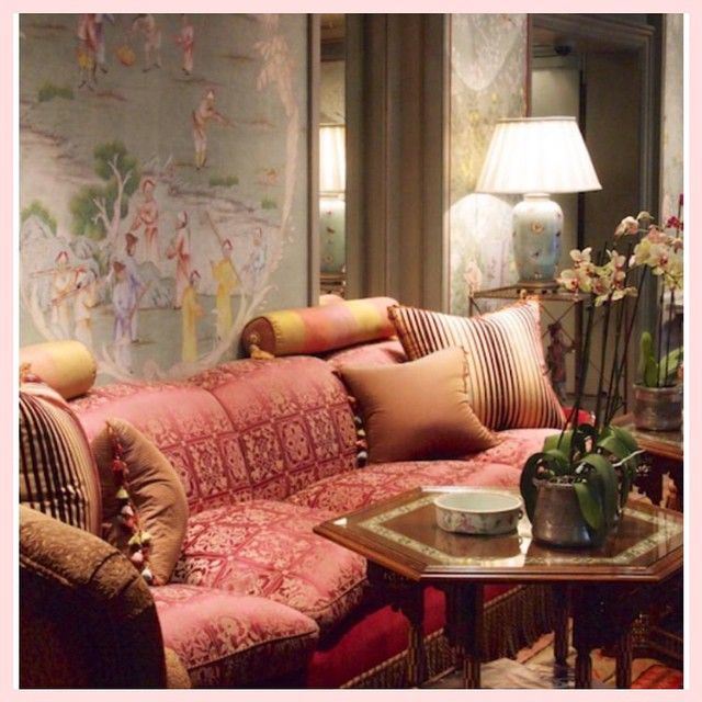""""""" the charming Hotel David in Paris  #chinoiserie"""""""