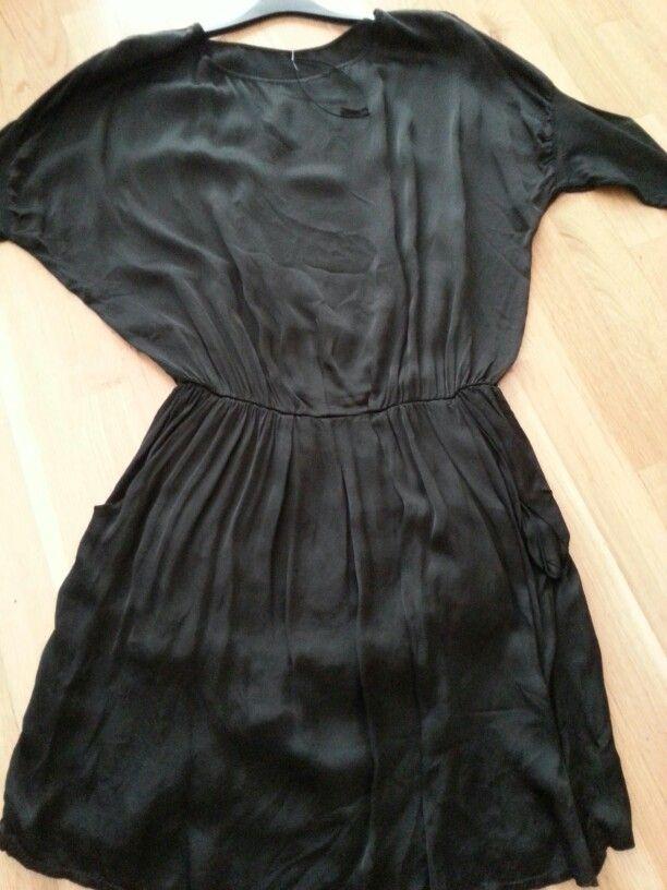Vestido raso negro