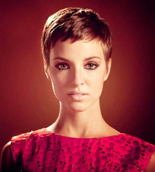 Very Short Pixie Cuts For Eye Catching Ladies 01剪髮設計 Pixie