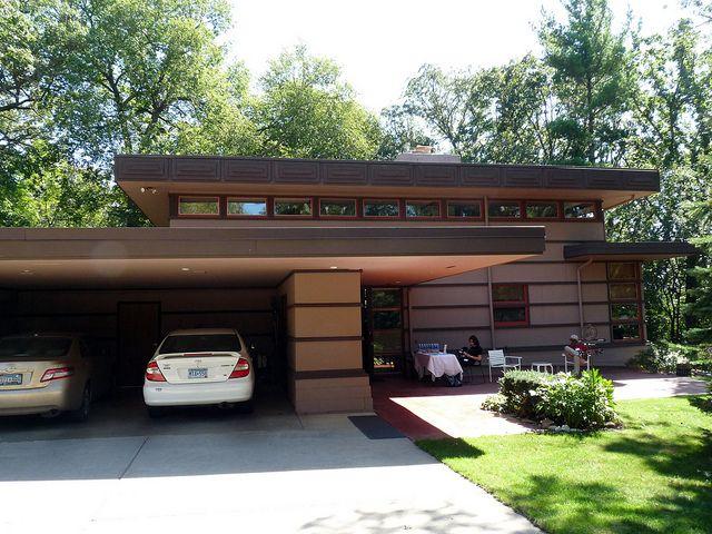 P1320892 usonian frank lloyd wright and lloyd wright for Frank lloyd wright modular homes