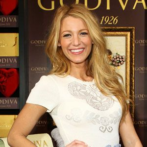 9b04cf8e48a Blake Lively Named Face of Gucci s New Perfume!