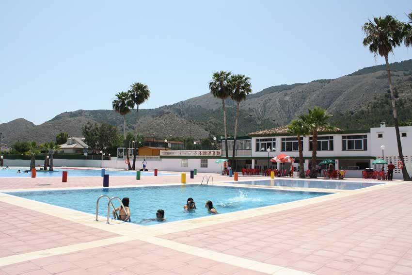 El Polideportivo Montepinar estrena el verano con muchas novedades
