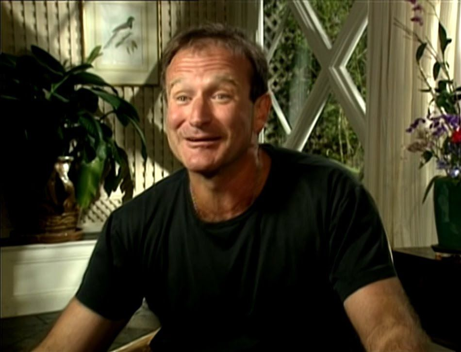 Robin Williams: Remembering Mrs. Doubtfire rehearsals/funny interview
