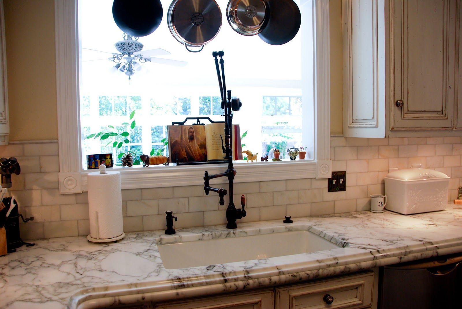 Best Subway Tile Backsplash Kitchen Inspiration Design 640 x 480
