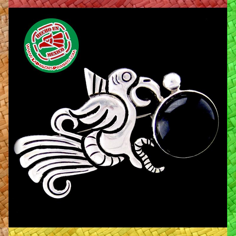 Toda una obra de arte en plata, joyería artesanal de Taxco, Guerrero, México.