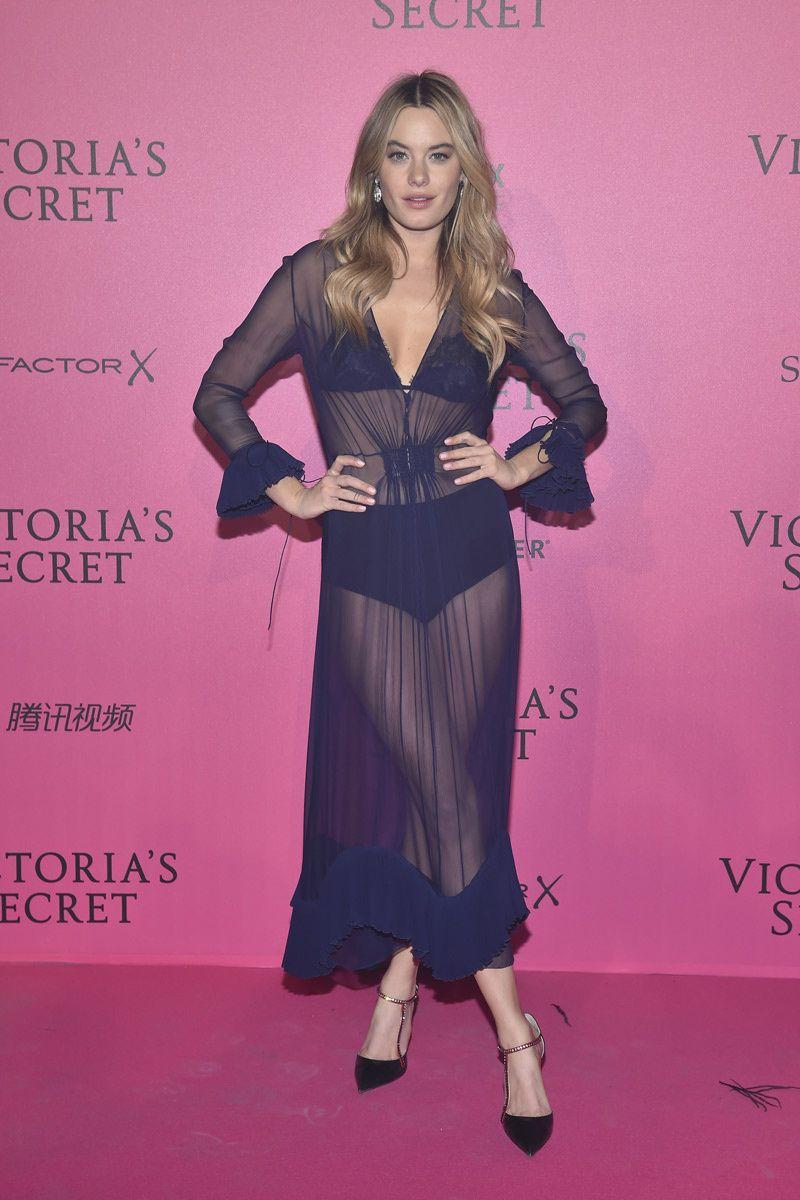 Perfecto Vestido De La Dama De Honor Khloe Kardashian Ideas ...
