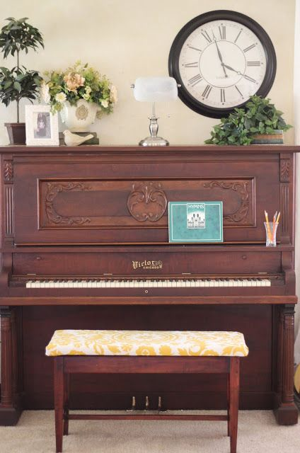 Living Room Piano Music Education Amp Resources Upright