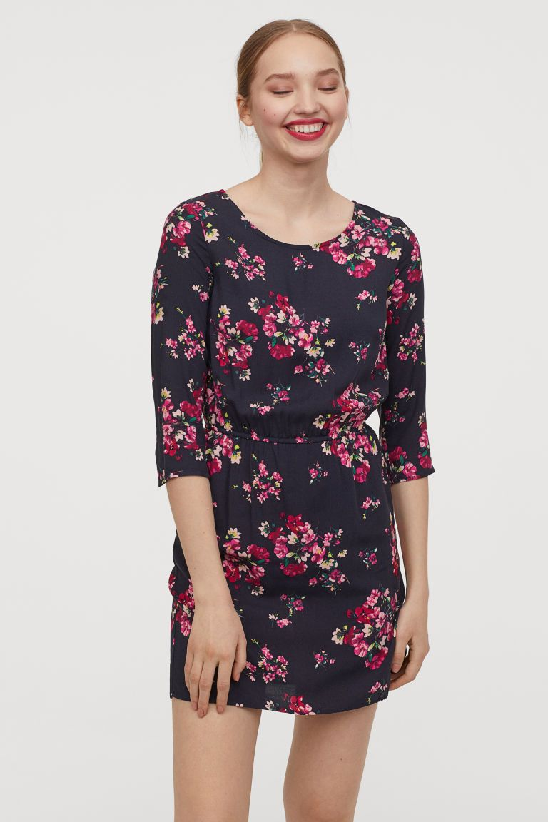8e7b3851dac0 H&M Short Dress - Black in 2019 | AWKWARD ME | Dresses, Short ...