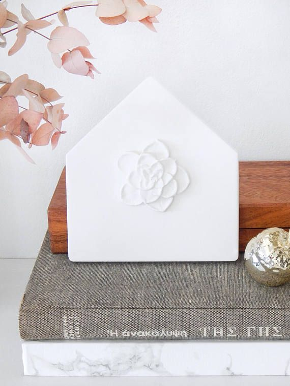 White Plaster House Wall Decor With Flower Hanging Shaped Warming Gift Art
