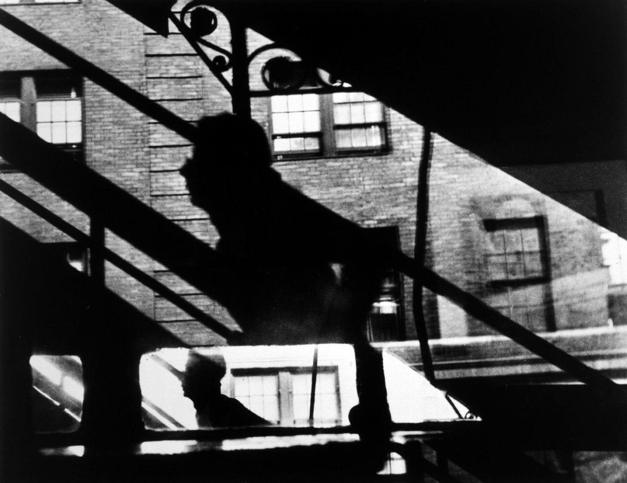 Imagen de http://www.chrysler.org/images/exhibitions/col-faurer-elevated-stairway.jpg.