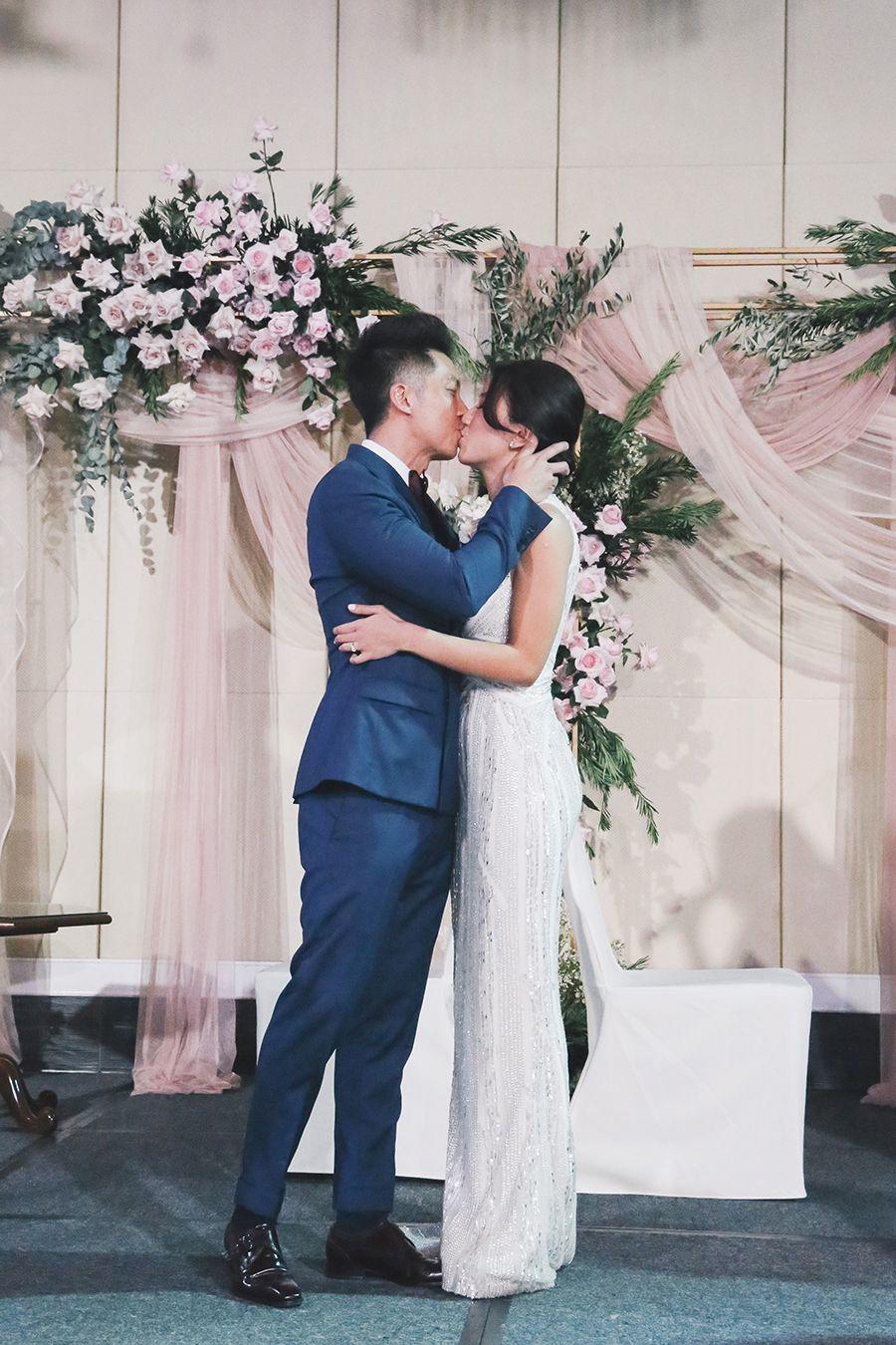 Love Bonito S Rachel Lim And Leonard Lee S Singapore Wedding At Intercontinental [ 1350 x 900 Pixel ]