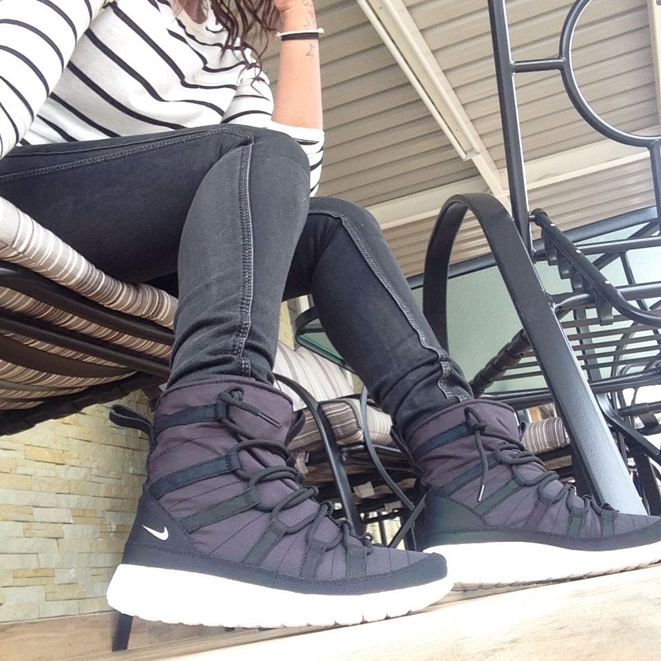 low priced 1a3bc 377ea Nike Roshe One Hi Flash | Shoes! | Shoes, Nike shoes, Fashion