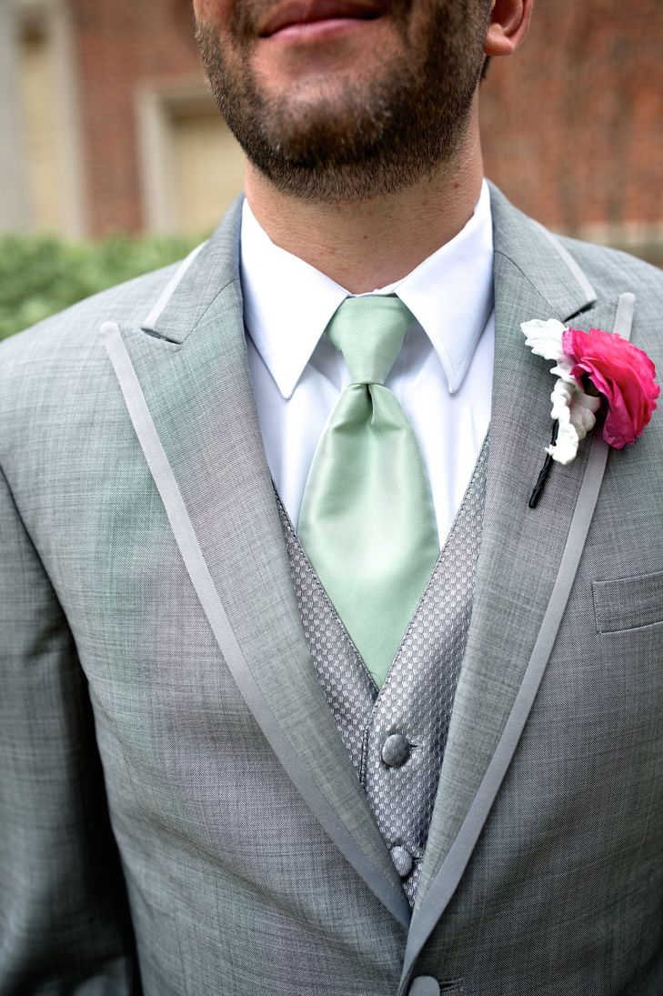Gray Wedding Suit With Mint Tie and Fuchsia Boutonniere | Corina\'s ...