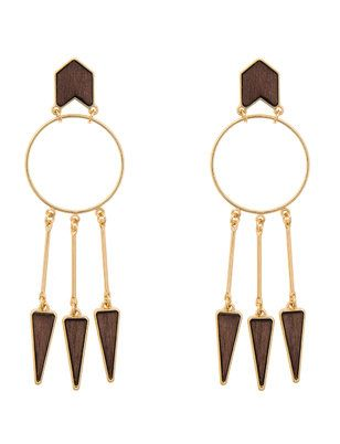 "ELOQUII Plus Size Arrow Hoop Chandelier Earrings  Keep your accessories up to date with these hoop earrings accentuated with drop arrows. Length: 7"" Metal / Plastic Import The post  ELOQUII Plus Size Arrow Hoop Chandelier Earrings  appeared first on  Vintage & Curvy .  http://www.vintageandcurvy.com/product/eloquii-plus-size-arrow-hoop-chandelier-earrings"