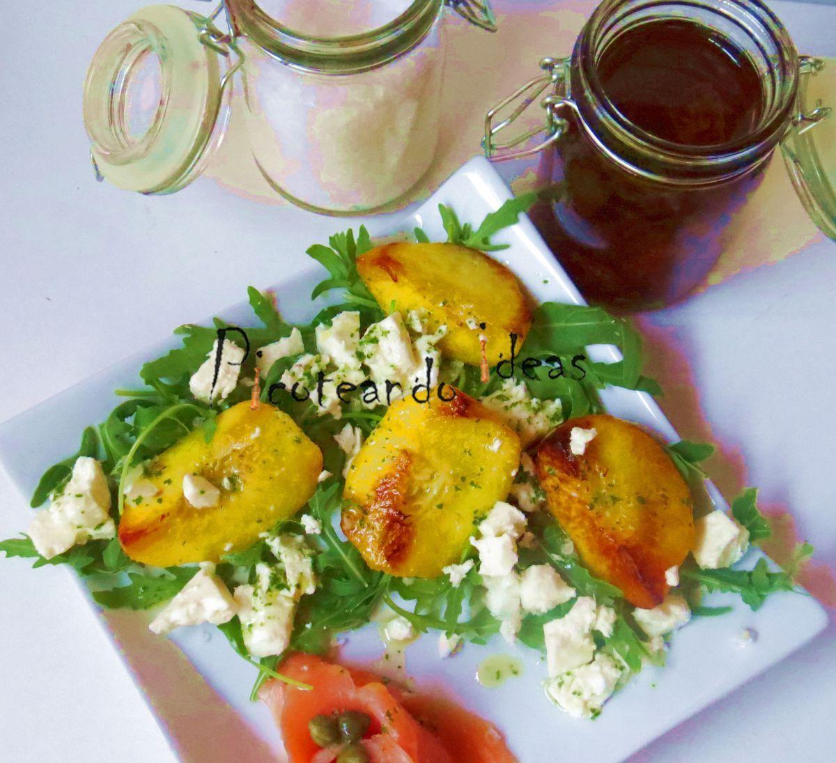 Hoy he preparado una ensalada de melocotón a la plancha con vinagreta hierbabuena que está mas buena de lo que yo me esperaba. Os comento, para este mes en #Juegodeblogueros se votó el melocotón y …
