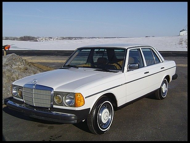 1982 mercedes benz 240d 2 4l 4 speed for sale by mecum auction rh pinterest com