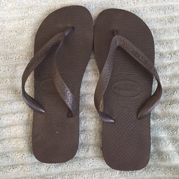 70f4448013ad Black havaianas size 6 7 USA and 37 38 UK Black havaianas size 6 7 USA and  37 38 UK barley worn Havaianas Shoes