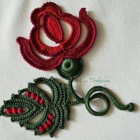 Letras e Artes da Lalá: crochê irlandês #irishlace - Jul Ft #irishcrochetflowers