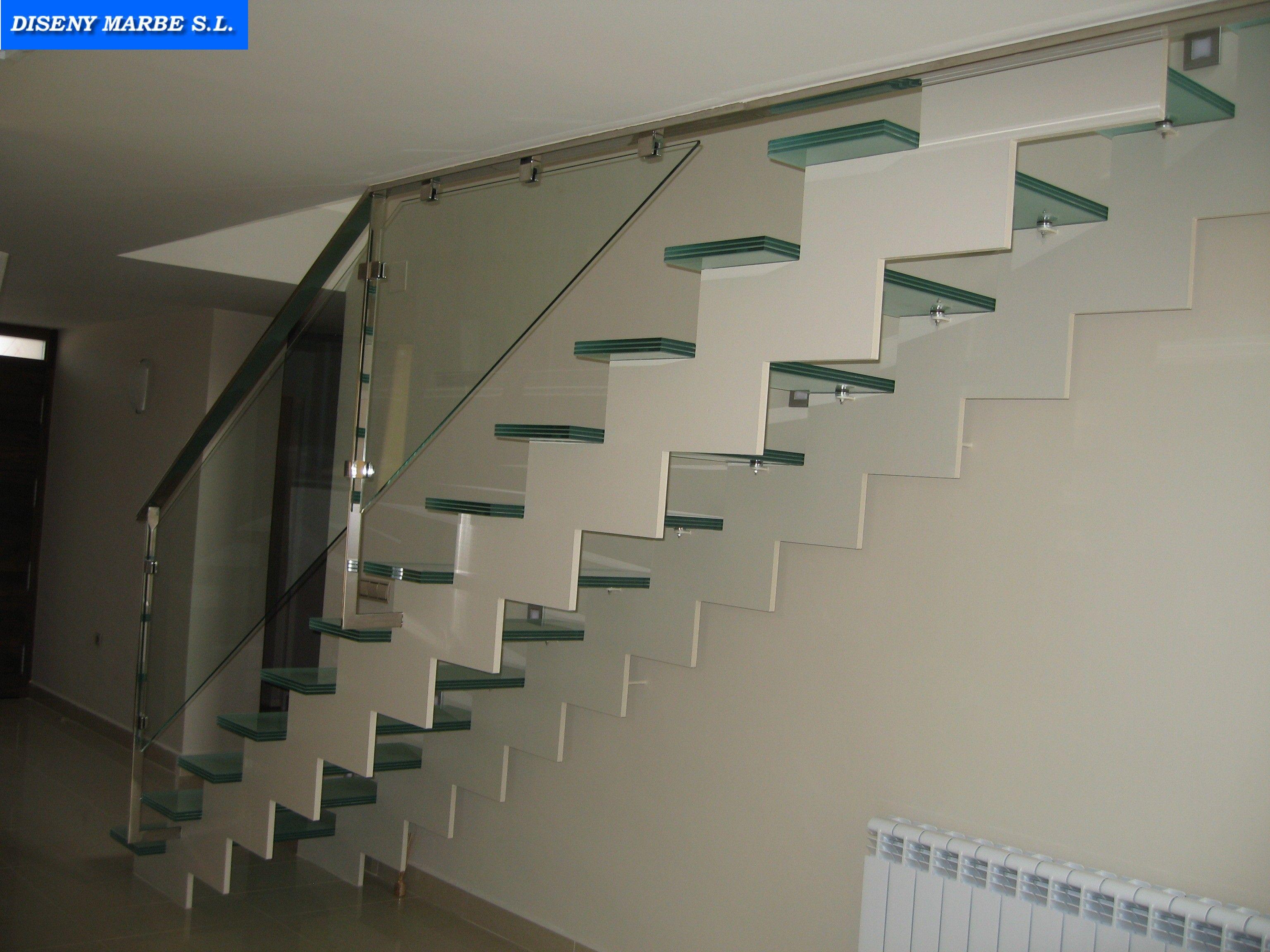 Barandilla de acero inoxidable con cristal laminar - Escaleras de peldanos ...
