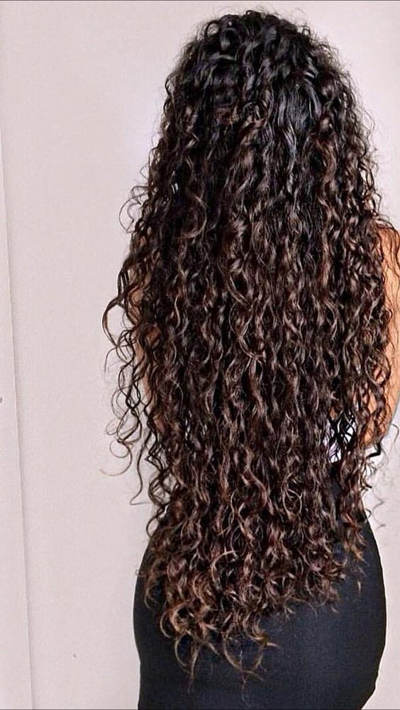 Are You Still Searching For Curly Hair Styling Tips By Using Gel Then You Should Go With Our P Long Hair Styles Curly Hair Photos Curly Hair Styles Naturally
