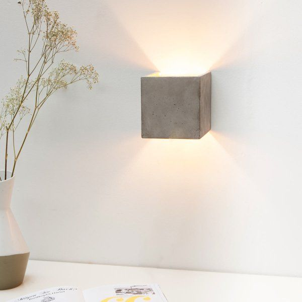 wandlampe beton kubus inspiratie pinterest wandlampen garderobe flur und beleuchtung. Black Bedroom Furniture Sets. Home Design Ideas