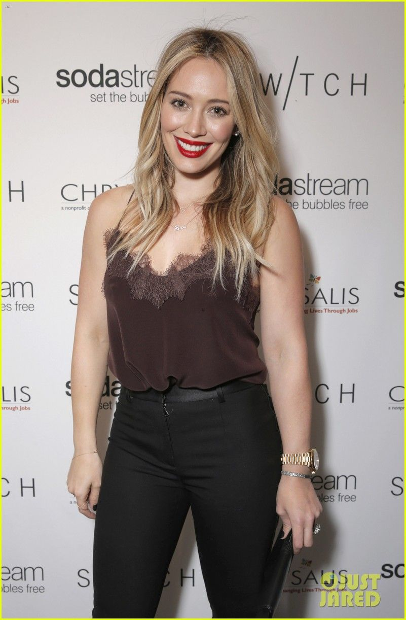 Hilary duff switch boutique holiday party hilary duff jennifer