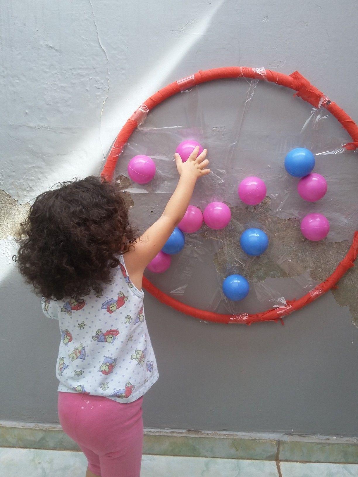 Jogo Das Bolas Utilizar Um Bambole E Colar Fita Adesiva Em Varios