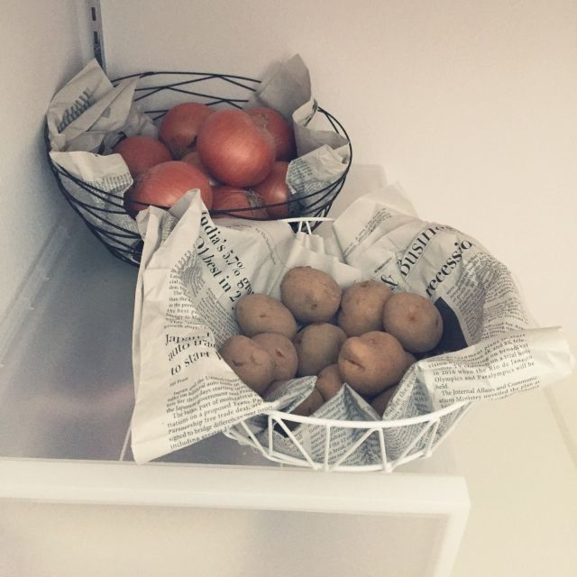 copoohさんの、キッチンパントリー,塩系インテリア,根菜類ストック,根菜類置き場,根菜類の見せる収納,キッチン,のお部屋写真