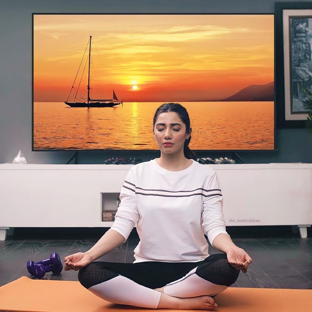 Mahira khan doing yoga | Actors & actresses, Actors, Actresses
